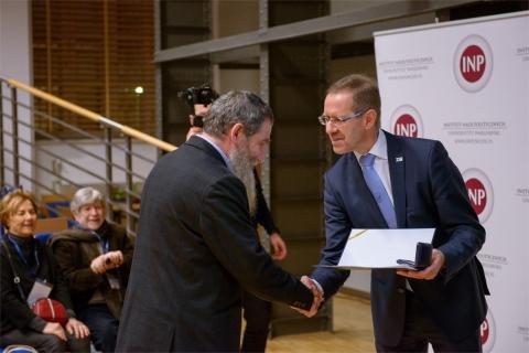 Nagroda Rektora UW dla prof. A. Żukowskiego